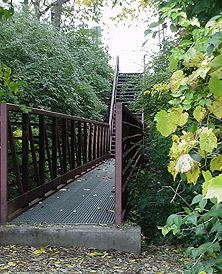 Oakwood Park walking bridge